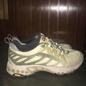 Merrell Continuum Hiking Shoes Dusty Olive 6.5 37